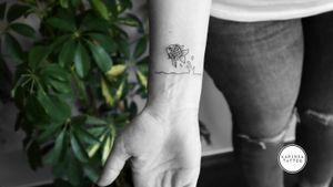 The little black fish 🐳 Instagram: @karincatattoo #blackfish #fishtattoo #tattoo #tattoos #tattoodesign #tattooartist #tattooer #tattoostudio #tattoolove #ink #tattooed #girl #woman #tattedup #dövme #dövmeci #design #girl #woman #istanbul #turkey #kadıköy #moda #sea #small #tiny #minimal