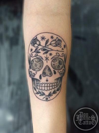 #calavera #caveira #kavera #skull #sugarskull #planet #universe #linework #fineline #tracofino