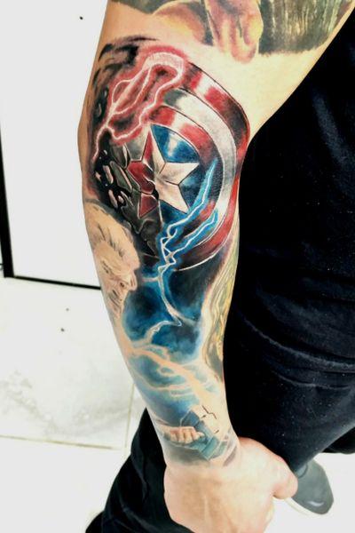 #thor #capitaoamerica #realismtattoo #Tattoodo #tattooart