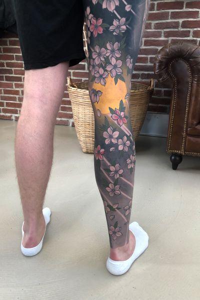 Leg sleeve🔥 #japanese #cherryblossoms #legsleeve #japanesetattoo #irezumi #japanesetattooart #cherryblossom