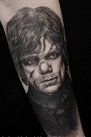 We're loving this impishly devilish portrait of @iampeterdinklage as Tyrion Lannister ⚔️ Tattooed by Hayley - @hayleyploos!