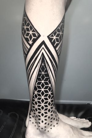 More added to this leg piece! #ornamentaltattoo #dotwork #geometric
