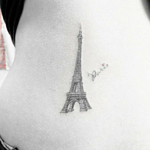 @breathingcanvas #livoniatattooshops #detroittattooartist #detroittattooshop #femaletattooartist #femaletattooer #livoniatattoos #eiffeltower #French #paris #paristattoo #smalltattoo