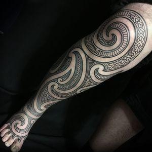 Leg sleeve tribal tattoo by Samuel Christensen #SamuelChristensen #Haida #Polynesian #Maori #Maoritattoos #tamoko #marquesantattoo #tribaltattooing #blackwork #tribal #neotribal #patterns #linework #geometric #sleeve #legsleeve #lowerleg #calf #thigh #foot