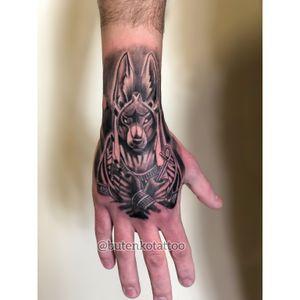 1 мини сеанс. #art #tattoo #anubistattoo #blackandgrey #realistictattoo #mantattoo #chicanostyle #pharaontattoo #ink #tattoo_magazine #tattooedman #tattooedguys #egyptiantattoo #instatatoo #chicanotattoo #black_and_grey #handtattoo #тату #татуировка #киев #татуегипт #татуанубис #butenkotattoo #tattooing #tattoolife #kievtattoo #kievtattooartist