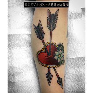 Arrows through heart. #heart #arrow #traditional #berlin