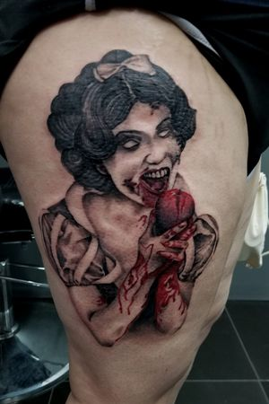 Zombie Snow White #comegetone #newtattoo #tattooartist #tattoosbyabel #dopetattoos #dopeart #miamitattooartist #empireinks #miami #miamibeach #southbeach #palmetto #orlando #kissimee #snowwhite #zombie