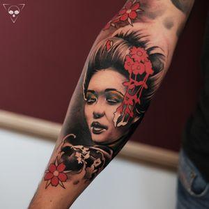 Geisha as part of a sleeve in progress - done at Massolit Frankfurt a.M. Germany / info@litovkin.com #frankfurt #geishatattoo #forearmtattoo # hessen #realism