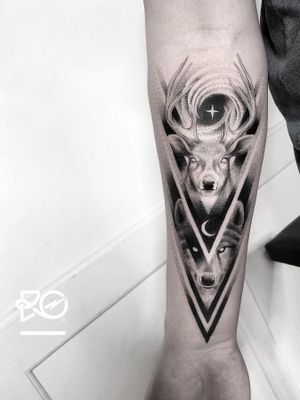 By RO. Robert Pavez • Night Lords XII • Done in studio Bläcktatuering • 🇸🇪 2019 #engraving #dotwork #etching #dot #linework #geometric #ro #blackwork #blackworktattoo #blackandgrey #black #tattoo #fineline