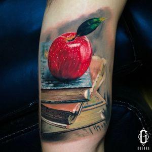 Artista: @tattoosbyguerra Para citas / for appointments 📆 Text or call 📲 +17863952346 #TATTOO #miami #tattoos #tattooartist #ink #tatuajespequeños #downtown #tattooart #tattoolife #tattooing #305tattoos #downtownmiami #tattoodesign #tattoostudio #tatuaje #tatuajes #tattooflash #tattoolove #tattoosleeve #tattoosociety #miamitattoos #305 #miamitattoo #littlehavana #calleocho #tattooideas #tattoooftheday