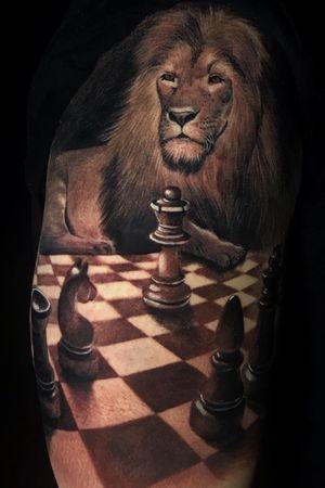 CHESS @poppinowillinkya #liontattoo #chesstattoo #realistictattoo #realism #poppino