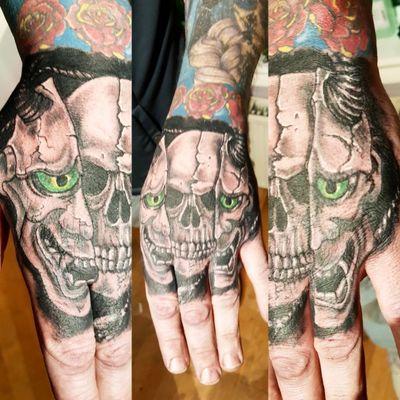 Split Mask Skull Hand Tattoo #Skull #SkullTattoo #SkullMask #MaskTattoo #HandTattoo #Hannya #HannyaMask #HannyaTattoo #Horror #HorrorTattoo #HorrorArt