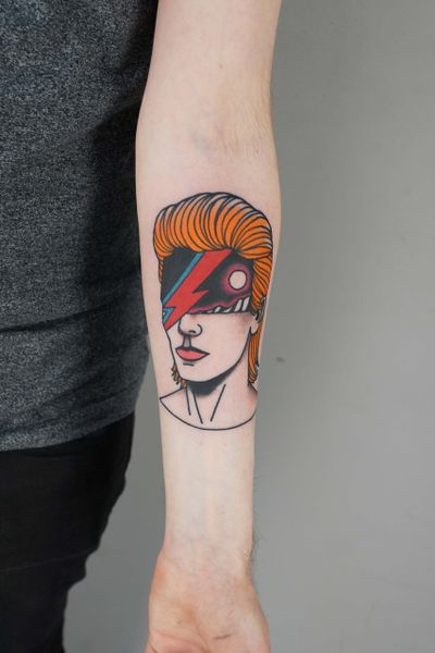 #patrykhilton #davidbowie #bowietattoo #surrealism #aladinsane #tatuaz #contemporarytattooing #redhead