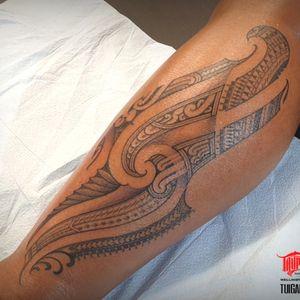 #freehand #mixed #polynesian #samoan #tongan #maori #kirituhi feminine tattoo