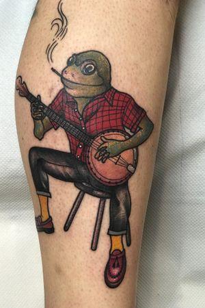 Skinhead Frog :) #traditional#frog#frogplayingbanjo