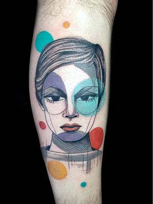 Twiggy tattoo by Steph Hanlon #StephHanlon #Twiggy #twiggytattoos #modeltattoos #fashionmodel #model #fashion #1960s #60s #portrait #portraittattoos #graphicart #popart #illustrative #color #shapes