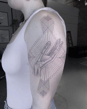 #tattoobyscottcampbell #fineline #blackwork #hand #bone