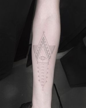 #tattoobyscottcampbell #illuminati #fineline #blackwork #geometry