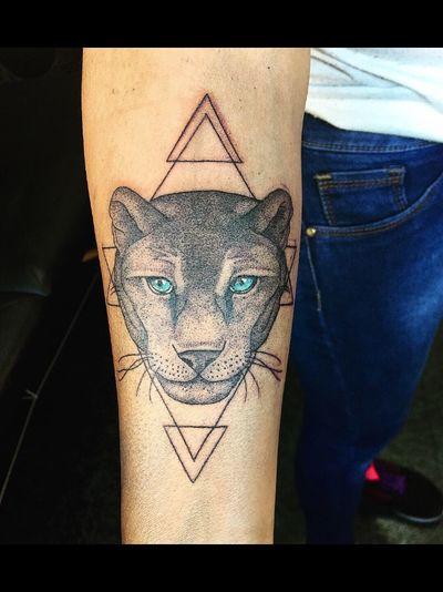 Puma #tattoo #tatuajes #puntillismo #pumatatuaje #tatu #animaltattoo #puma