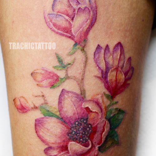 #Trachic Tattoo : Private tattoo studio in Brussels. #illustrative work #colorful tattoo  #flower tattoo #fine art #best tattoo Brussels #tattoo artist #realistic