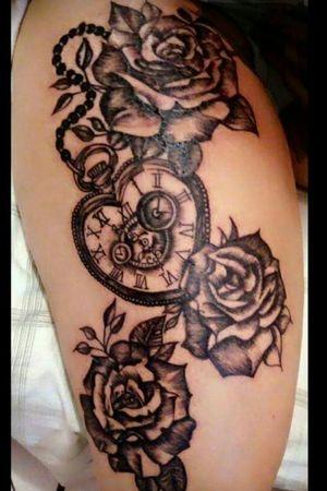 #Marileitattoo #domicilio #floripatattoo #lovetattoo #tattoo #tattooadomicilio #eletricink #everlast #artenapele