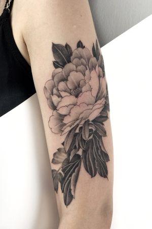 #tattoodo #tattooart #tattoolover #peonytattoo
