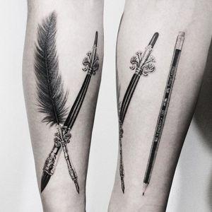Artistic tattoo by Tattooist Eheon #TattooistEheon #blackandgrey #pen #paintbrush #pencil #filigree #realism #hyperrealism #tattoosforartists #artistictattoos #fineart #art #artistic #create #creative #unique