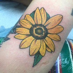 #DaveBorjes #daveborjestattoo #sunflower #traditional #traditionaltattoo