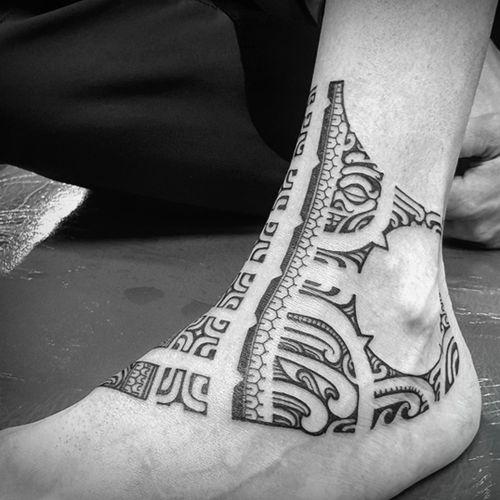Mixed #polynesian #marquase #tahitian #maori tattoo.