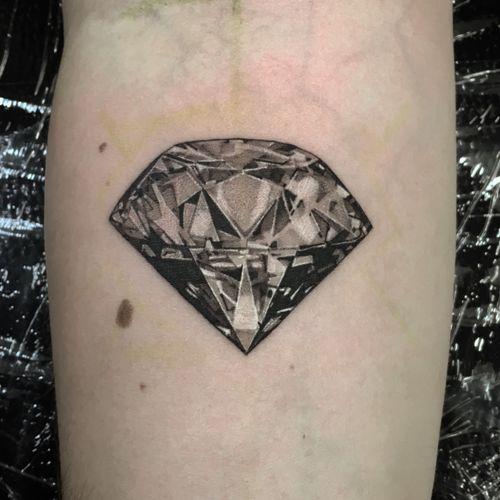 Black &Grey Diamond  #berlintattoo #diamond #blackandgrey #blackandwhite #inked #skinart
