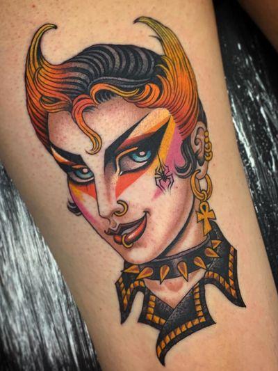 Traditional lady head tattoo by Valerie Vargas #ValerieVargas #punk #postpunk #newwave #leather #studs #spider #color #ankh #glam #traditionalladyhead #traditional #oldschool #ladyhead #lady #portrait #pinup #arm