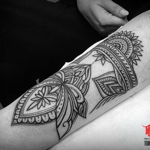 Freehand #henna style forearm tattoo.