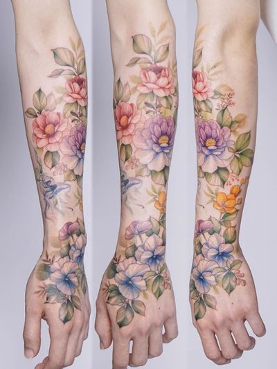 Half sleeve tattoo by Silo #Silo #arm #forearm #hand #flowers #floral #color #watercolor #tattoodo #tattoodoapp #tattoodoappartists #besttattoos #awesometattoos #tattoosforgirls #tattoosformen #cooltattoos