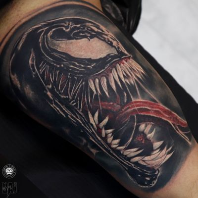 Venom #venom #marvel #marvelcomics #tattoo #ink #inked #tattooist #tattooartist#art #photo #color #contrast #face #dark #realism #rafalbaj#blackandgray #graywash #forearmtattoo #armtattoo#poland #katowice #dabrowagornicza #rockandrolltattoo