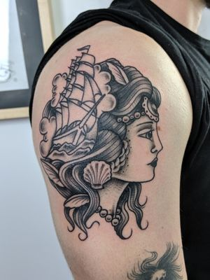 I enjoy tattooing just about anything, but the style I enjoy the most is traditional (americana and japanese), I think they are clean, strong, solid and full of romanticism.