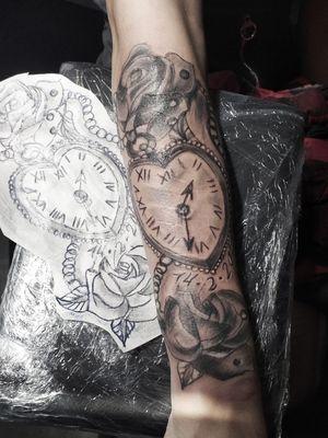 #narben #coverup #tattoo #arm #artist #tattoodo #follow #followforfollower#blackandgrey #germantattooer#tattoodo #tattoodo #tattoodoambassasor #artist#inkedwoman #mann#tattooedman #follow#followforfollower #follow #arm #frau #inked#tattoodo #inked #tattoodo #blackandgrey#instatattoo #lines #rose
