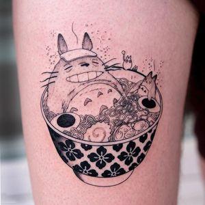 Ramen noodles tattoo by Oozy #Oozy #ramentattoos #ramennoodles #noodletattoo #foodtattoo #ramen #Japanese #illustrative #totoro #studioghibli #forestspirit #pattern #upperleg #leg #egg