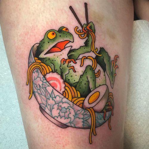 Ramen noodles tattoo by Fran Massino #FranMassino #ramentattoos #ramennoodles #noodletattoo #foodtattoo #ramen #Japanese #frog #egg #chopsticks #peony #color #upperleg #leg