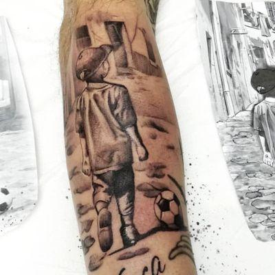 #braink #tattoo #tattoostudio #tattooed #tattoolife #tattoosocial #tattoodraw #tattoolike #follow4follow #followme #soceer #foottattoo #Football #tattooartist #tattooart #followme #tattooworkers #tattoo2me