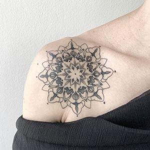 Mandala 3hrs work - . #perutattoo #limatattoo #miraflores #camilomarin #customtattoo #proffesional #artist #tattoo #tattoos #ink #inked #love #instagood #tattooed #tattooart #art #instagram #fashion #photography #tattoostyle #me #tattooing #tattooartist #tattoogirl #tattooer #tattoolife #blackwork #tat #ootd #tatts #tattoomodel #tattooist