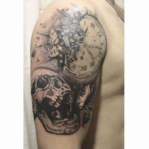 #wgbink #tattooartist #tattoo #тату #moscow #tattoomoscow #москва #tattooart #tat #tats #desing #blackwork #blackandgreu #ink #inked #skulltattoo #skull #clock #time