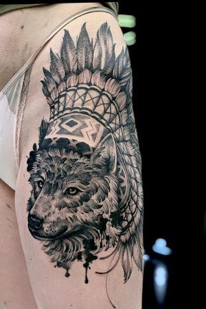 #wolf #wolftattoo #wolfhead #dotwork #dotworktattoos #dotworktattoo
