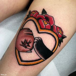 Cat tattoo by Iris Lys #IrisLys #Cattooer #cattattoos #cat #kitty #animal #petportrait #bff #leg #color #traditional #heart #peony
