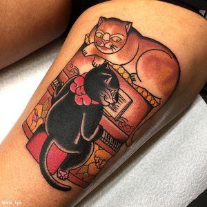 Cat tattoo by Iris Lys #IrisLys #Cattooer #cattattoos #cat #kitty #animal #petportrait #bff #color #traditional #piano #peony #leg