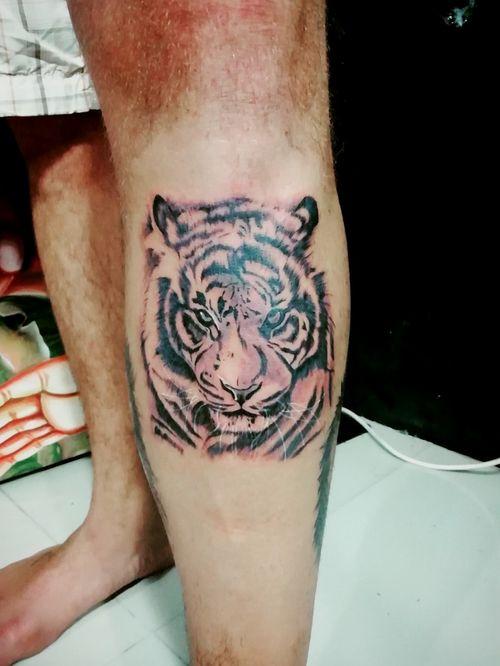 Thanks a lot my friend. 🙏🙏🙏🙏🙏🙏#art #artwork #artist_community #tattoo #tattoos #tatuaje #tattooart #tattooartist #ink #inked #potn #potd  #bangkok #udomsuk #tigers #tiger #asiantattoo #asianart  #bngtattoo #blxckink #bnginksociety #railaybeach #krabi