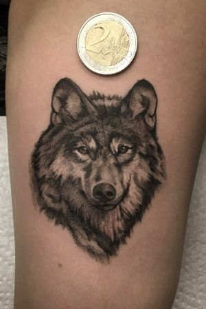 Black & grey wolf #wolftattoo #wolf #tinytattoo #minitattoo #compacttattoo #berlintattoo #inked #blackandgrey #blackandwhite