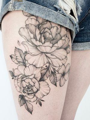 Upper flower is already healed. #crushonline #peony #floral #hiptattoo #flowerstattoo
