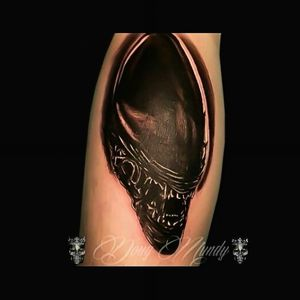 Still one of my favorite ones ♥️. #alientattoo #aliens #Xenomorphtattoo #Xenomorph #blackandgrey #DarkArt #alien