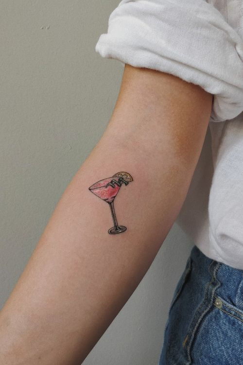 🍸 #cocktail #cocktailtattoo #colourtattoo #colour #tinytattoos #girltatoo #smalltattoos #minimal #minimalistic #minimaltattoo #girlwithtattoos #tattoo #tattooideas  #bishop #bishoprotary