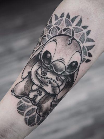 #tattoos #tattoo #tattooed #tattooist #tatuajes #tattooart #art #inked #ink #tatuagem #blackwork #tattoomodel #black #tattoo2me #flowertattoo #color #lovetattoos #tattooer #vegano #vegan #blackfriday #mandala #lettering #fullcolor #love #blakwork #tattoostyle #tattoo2us #drawing #tattooartist #tattooinspiration #blxckink #electricink #artist #blackworkerstattoo #tattooartists # #blacktattoomag #blackworktattoo #tattoolife #geometrictattoo #finelinetattoo #tattooideas #tattooing #inktattoo #tattoodo
